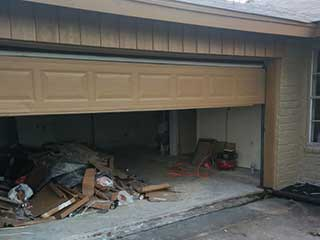 Fixing Gaps In Your Door | Garage Door Repair Missouri City, TX